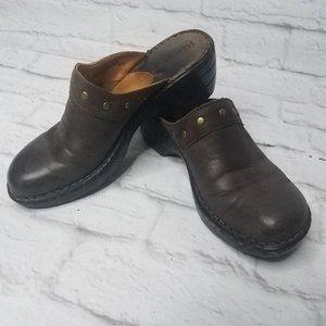 Born Leather Clogs Size 7 / 38